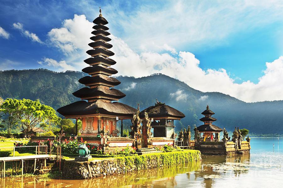 le temple Ulun Danu